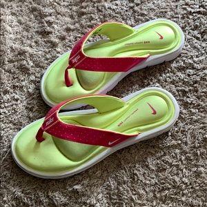 Nike comfort sandals